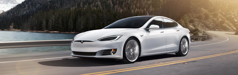 Tesla ludicrous acceleration experience hero
