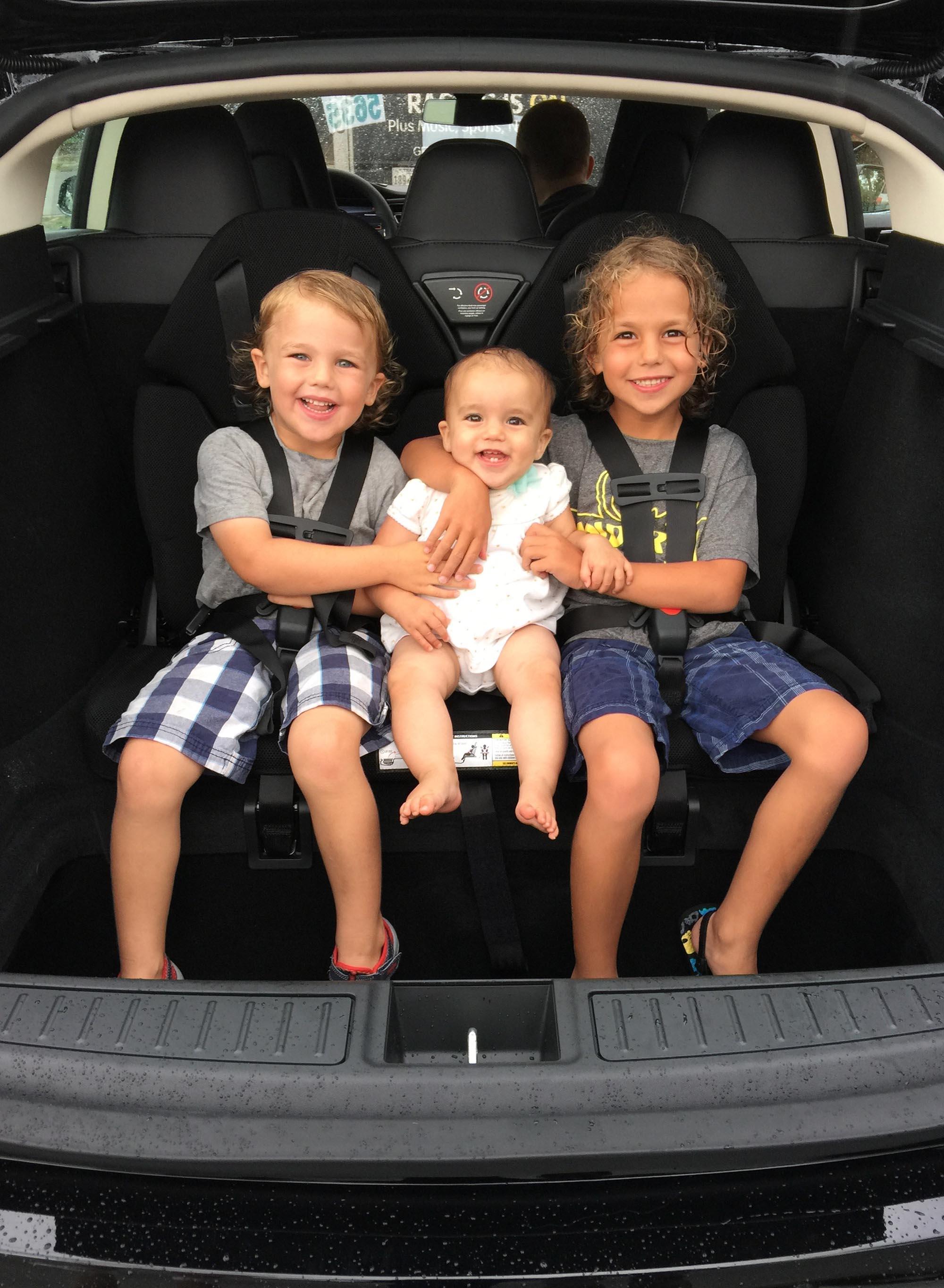 Rent A Car  Adults  Rear Facing Car Seats