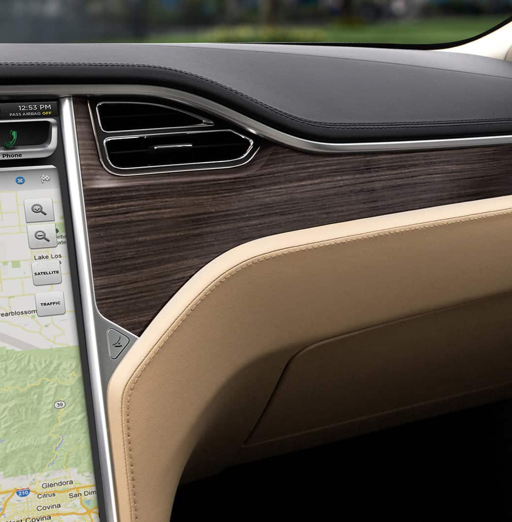 tesla السيارة الكهربائية 100 بالمئة  Interior-design-detail-LHD