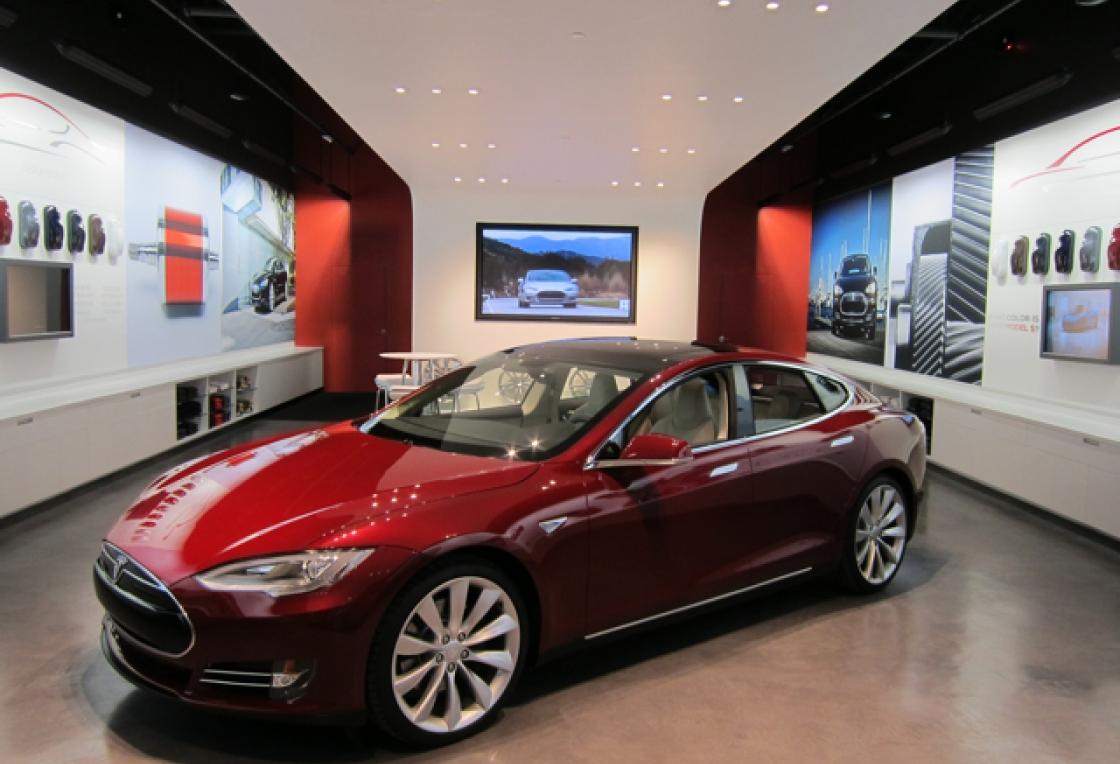 Tesla model s 85kwt