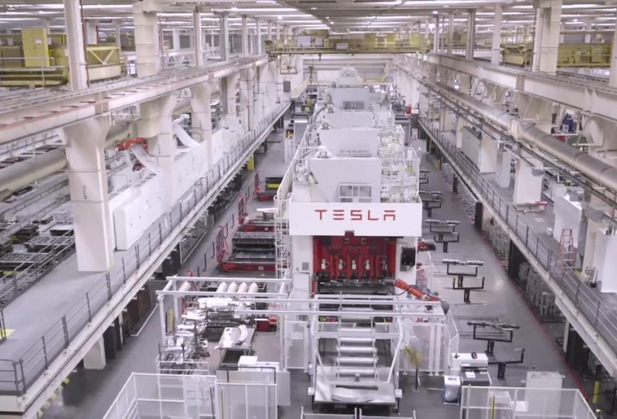 Tesla Factory Sizzle Reel