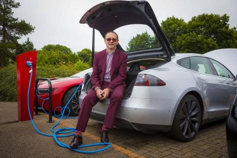 Iain tesla motors uk for Tesla motors careers login