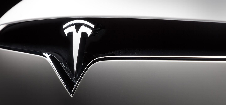 Slide 5 & Model X   Tesla pezcame.com